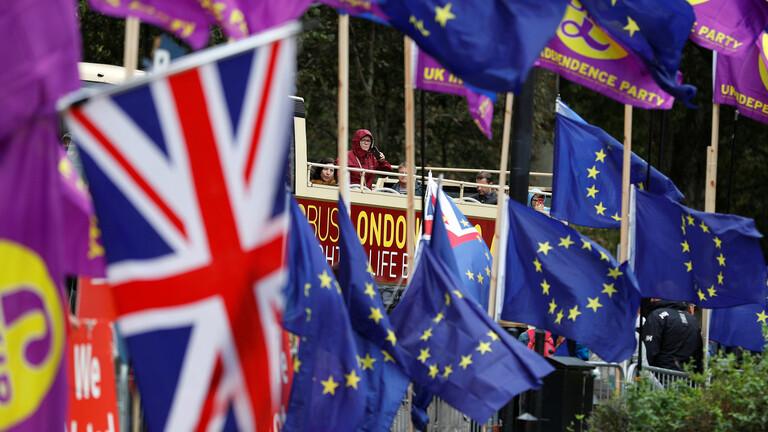 """الاتحاد الأوروبي يوقع رسميا اتفاقية للتجارة مع بريطانيا لما بعد """"بريكست"""""""