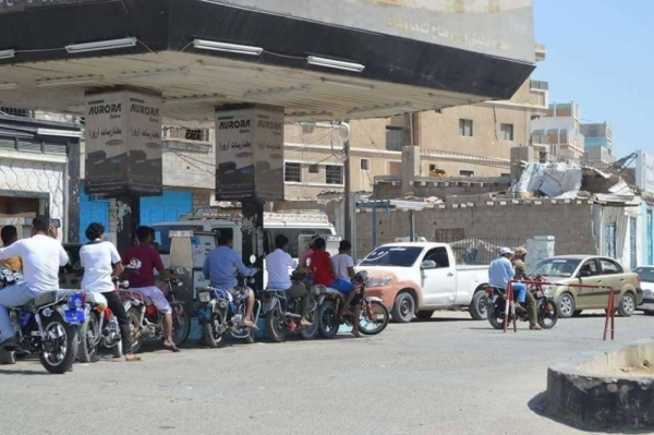 شركة النفط تحدد السعر الرسمي للبنزين والديزل في صنعاء