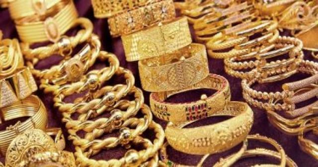 أسعار الذهب تهوي بشدة وبشكل غير مسبوق