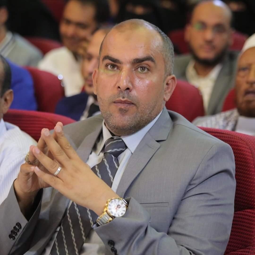عاجل : تعليق الدراسة في جامعة تعز عقب الاعتداء على القائم بأعمال رئيس الجامعة