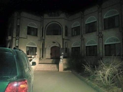 مصير مجهول لطائرة مسيرة حلقت بالقرب من منزل محافظ شبوة في عتق