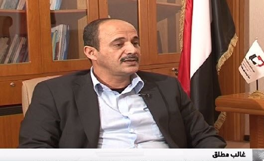 بتأمين من الأمم المتحدة...عودة وزير جنوبي إلى صنعاء وسط أنباء عن تكليفه بتشكيل حكومة جديدة