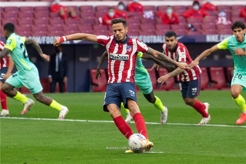 انطلاقة سواريز المذهلة تقود أتلتيكو مدريد لفوز عريض في الدوري الإسباني