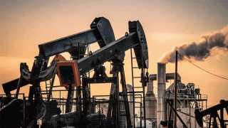"""""""النفط"""" يرتفع بتحفيز أمريكي"""